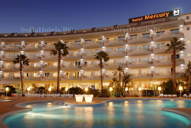 Хотел 4*