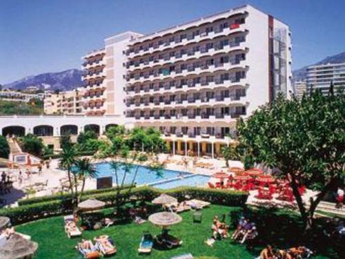 Почивка в Малага, Испания - хотел Fuengirola Park hotel 4 4•