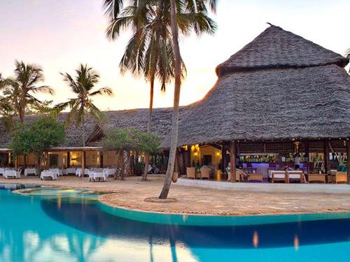 Почивка в Танзания - хотел Bluebay Beach Resort & Spa - Занзибар 5•