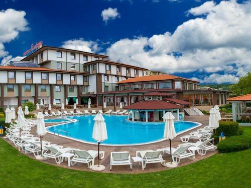 Почивка в Благоевград, България - хотел Хотел Езерец 3•