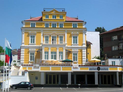 Почивка в Русе, България - хотел Хотел Ана Палас  3•