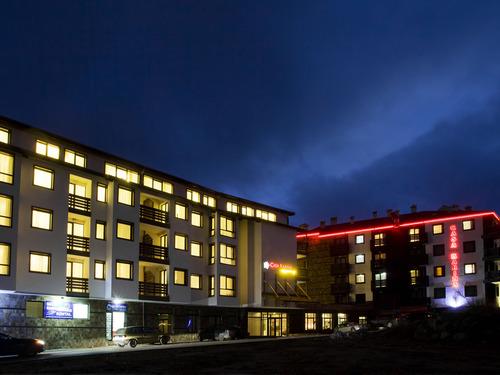 Почивка в Банско, България - Апартаментен хотел Каса Карина 4•