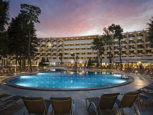 Почивка в Слънчев Бряг, България - хотел Клуб Хотел Бор 4•