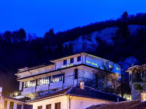 Почивка в Мелник, България - хотел Хотел Мелник 3•