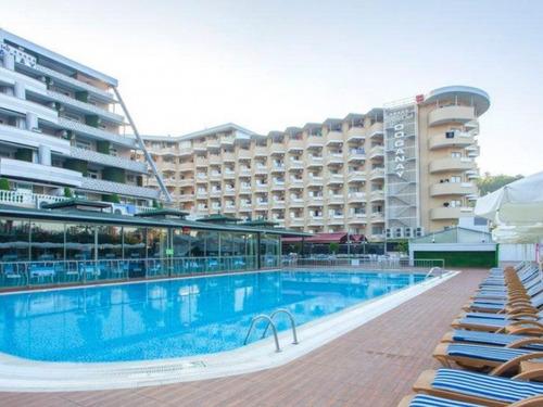 Почивка в Алания, Турция - Beach Club Doganay 5 * хотел 5•