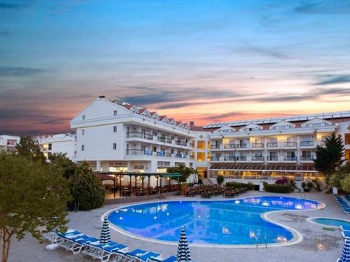 Почивка в Кемер, Турция - хотел Kemer Dream Hotel 4 * 4•