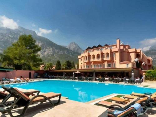 Почивка в Кемер, Турция - хотел Beldiana Hotel 4 * 4•