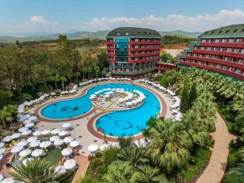 Почивка в Алания, Турция - Delphin Deluxe Resort 5 * хотел 5•