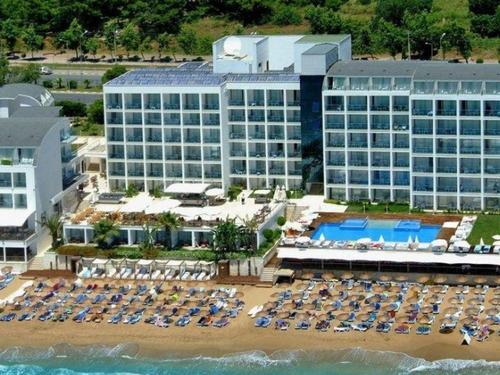Почивка в Алания, Турция - хотел Yalihan Una Hotel 4 * 4•