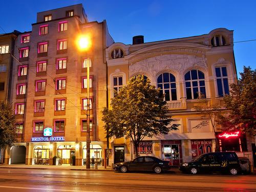 Почивка в София, България - хотел Бест Уестърн Плюс Бристол Хотел 3•