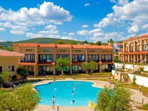 Почивка на Ситония, Гърция - хотел Village Mare 4•