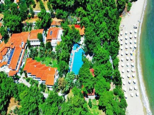 Почивка на Ситония, Гърция - хотел Porfi Beach hotel 3•