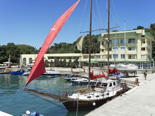 Почивка в Китен, България - хотел Марина Хотел 3•