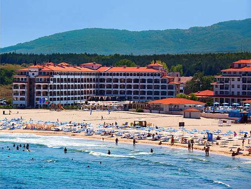 Почивка в Царево, България - хотел Реджина маре 2•