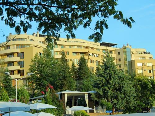 Почивка в Сандански, България - хотел Семеен Хотел Апарт Ботаника (бивш Медите) 3•