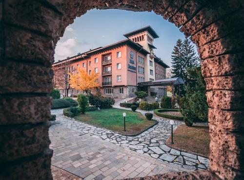 Почивка във Велинград, България - Спа хотел Двореца 5•