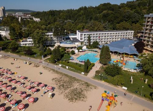 Почивка в Албена, България - хотел Калиакра Маре 3•