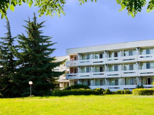 Почивка в Албена, България - хотел Компас 3•