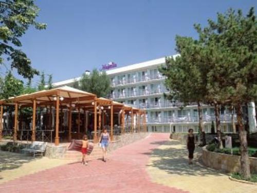 Почивка в Албена, България - хотел Магнолия 3•