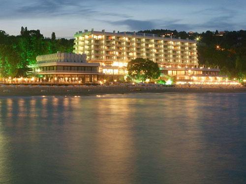 Почивка в Слънчев ден, България - хотел Хотел Палас 5•