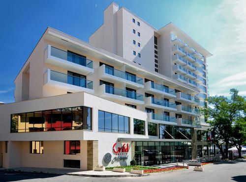 Почивка в Златни пясъци, България - хотел Грифид Хотел Метропол ВЪЗРАСТНИ САМО 4•