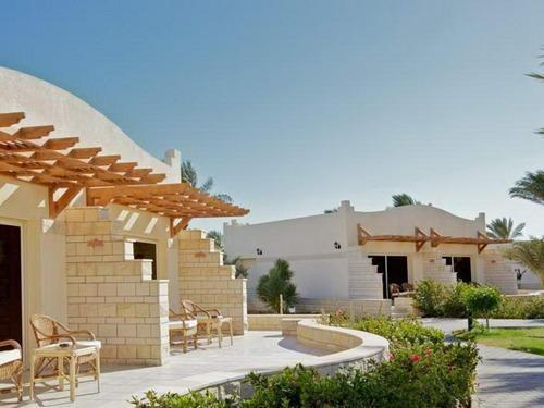 Почивка в Хургада, Египет - Coral Beach Resort Hurghada 4* хотел 4•