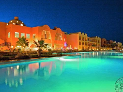 Почивка в Хургада, Египет - Titanic Beach Spa & Aqua Park 5 * хотел 5•